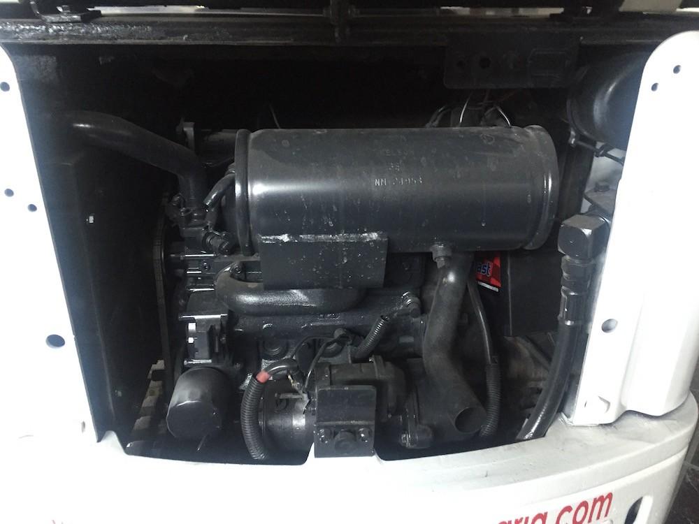 miniexcavadora bobcat x320 5